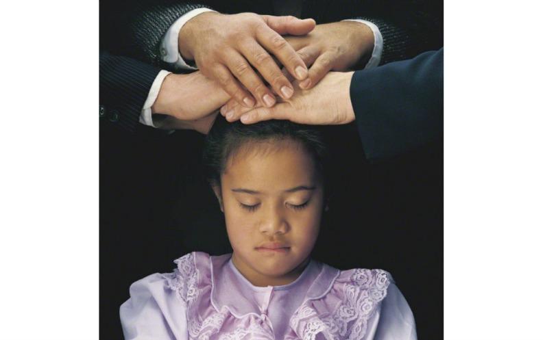 神会の一人である聖霊の存在と役割について