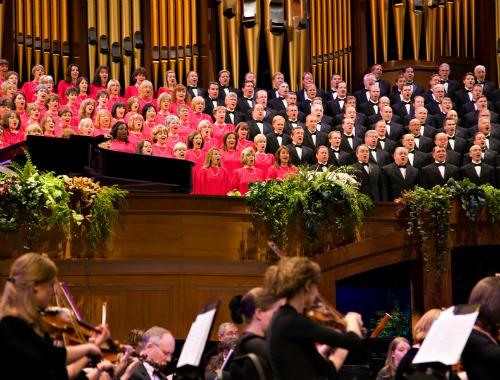オーケストラと歌うモルモンタバナクル合唱団