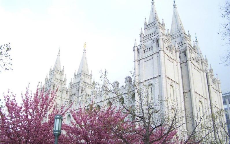 なぜモルモン教は教会堂と神殿があるのか