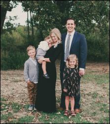 両親と3人の子供