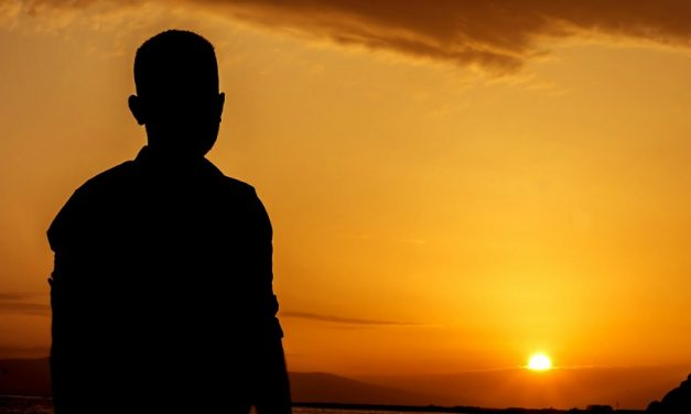 友人の厳しい一言をきっかけに、改宗へと導く「答え」を受けた一人の求道者