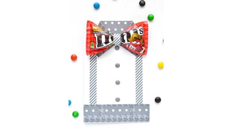 チョコレート菓子のM&Mを使った工作
