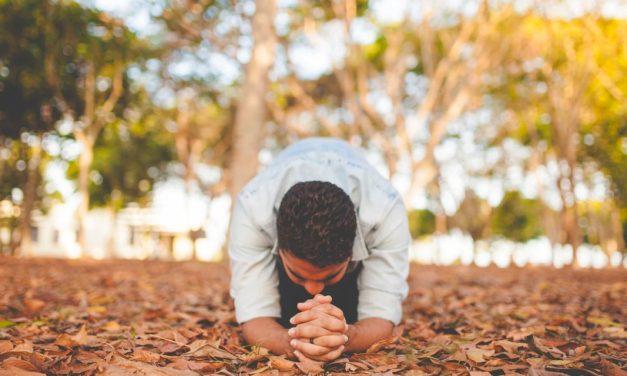 祈る意味なんてない?あなたの祈りが届く方法